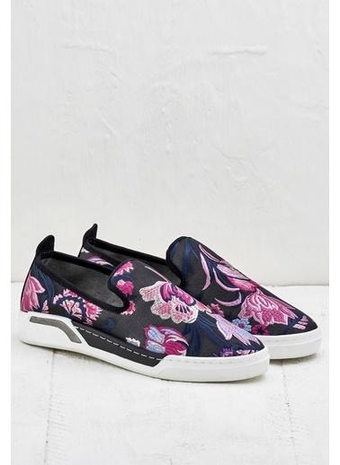 Elle Desenli Ayakkabı Siyah